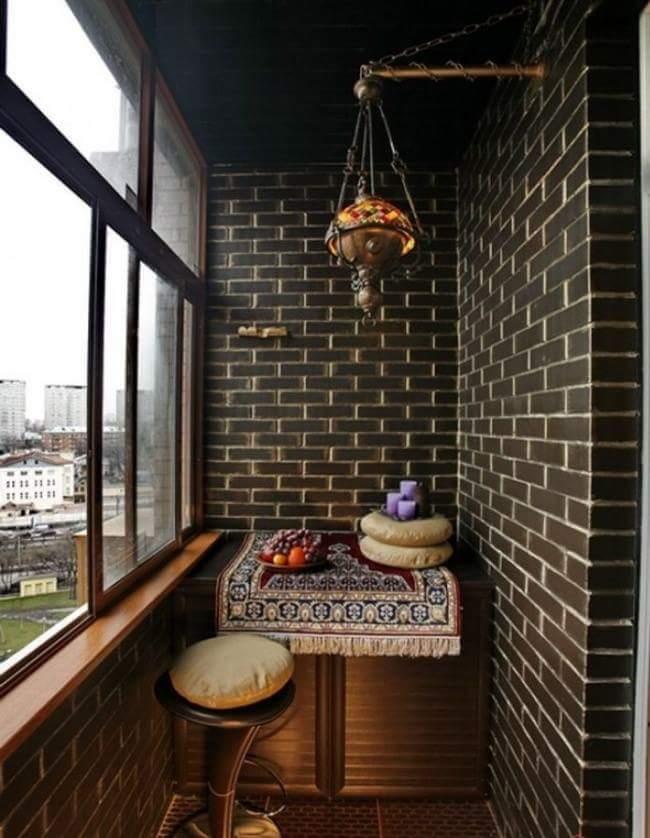 small balcony decorating