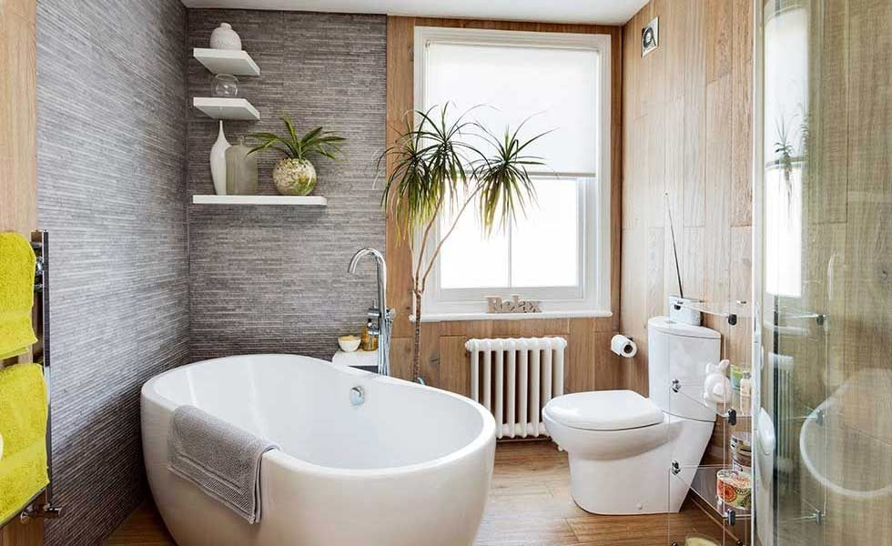 Luxury bathroom designs for small spaces
