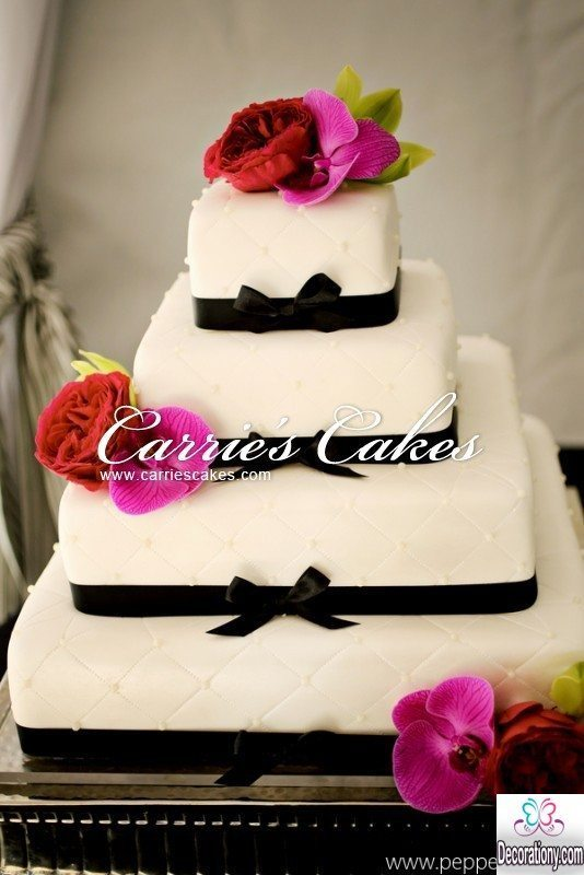black and white square marriage cake