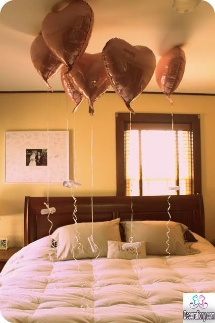 bedroom decorating with balloon