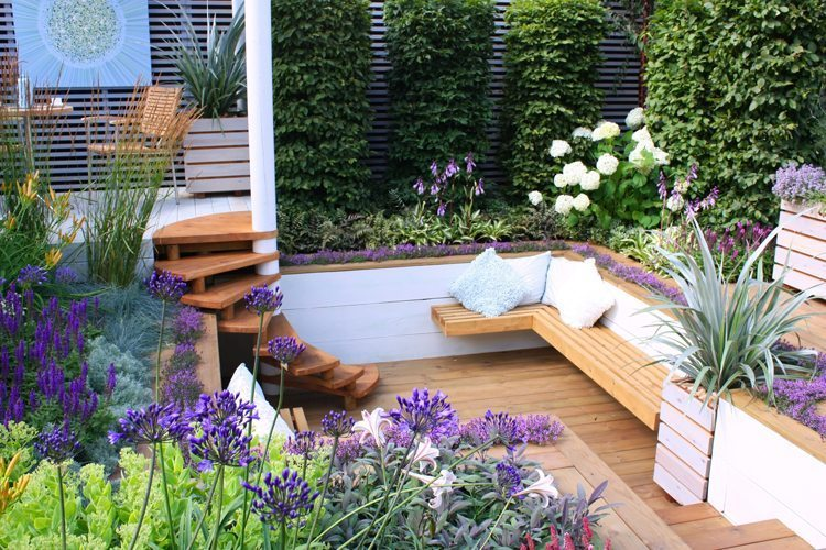 modern backyard design idea