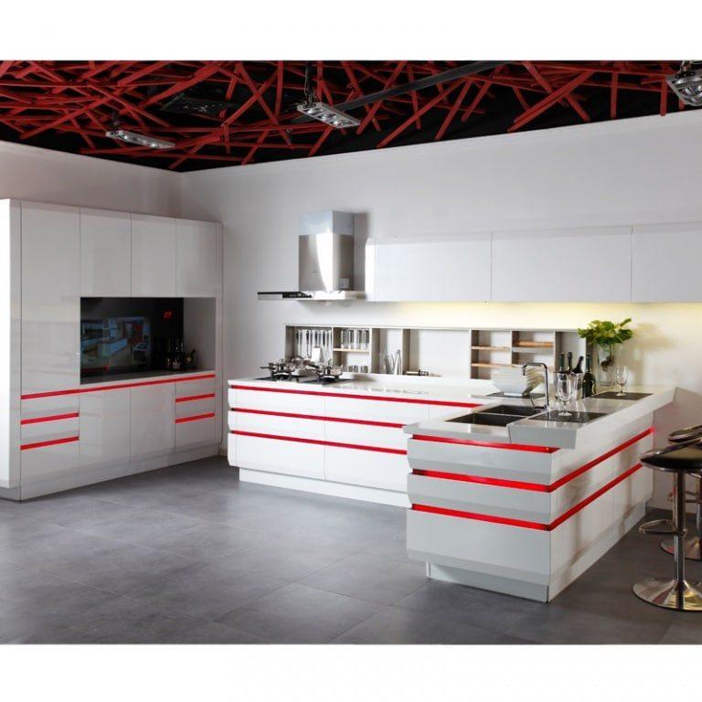 Simple & Beautiful Kitchens