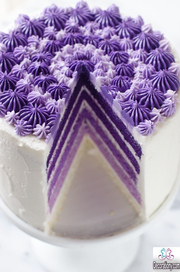 Ombre layer marriage cake