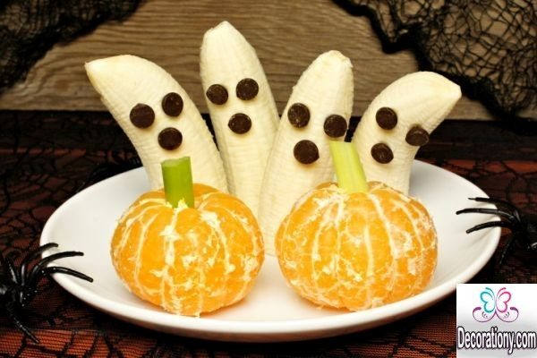 Halloween fruits decorating
