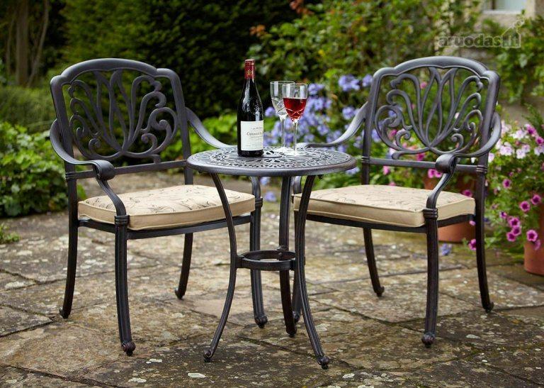 Outdoor Patio Classic Furniture Designs