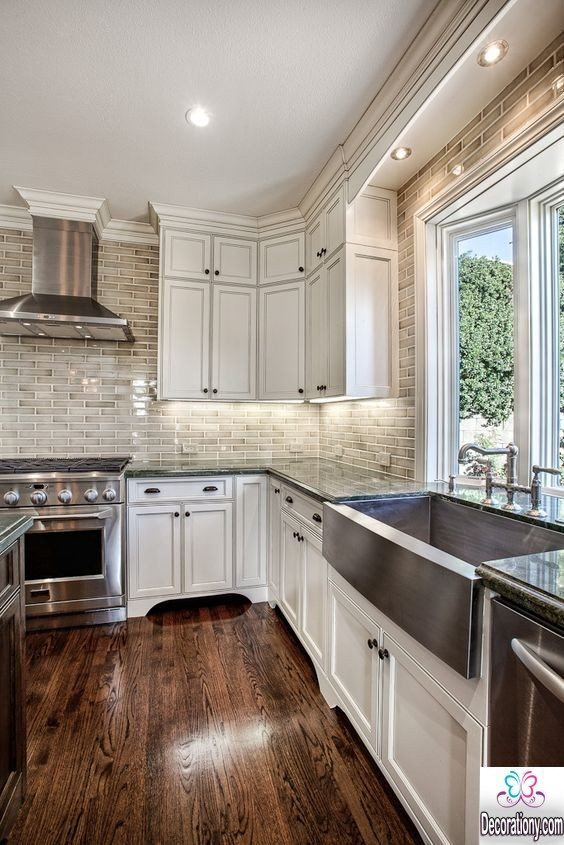 kitchen with Dark hardwood floor