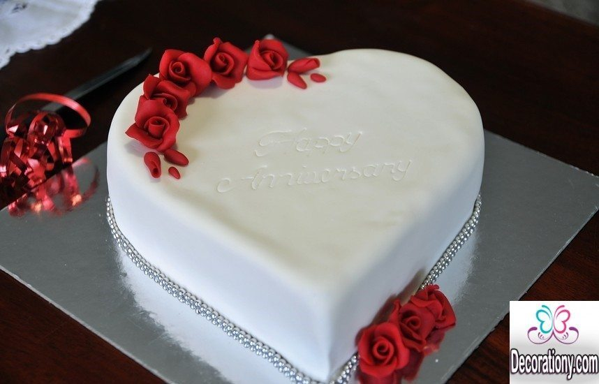 20 Romantic Cake Designs For Wedding Anniversary
