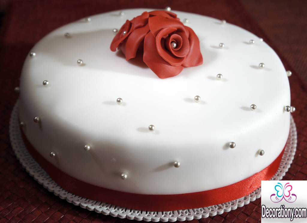 romantic cake design