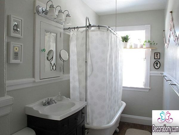 white bathroom curtain