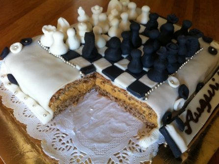 Chess cake design