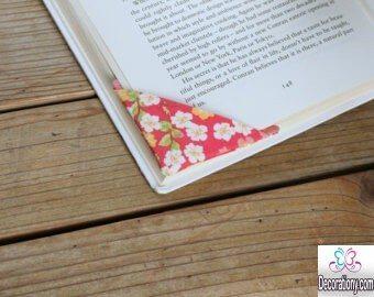 easy DIY corner bookmarks