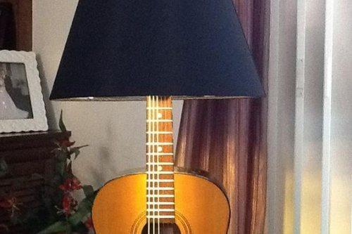lamp guitar