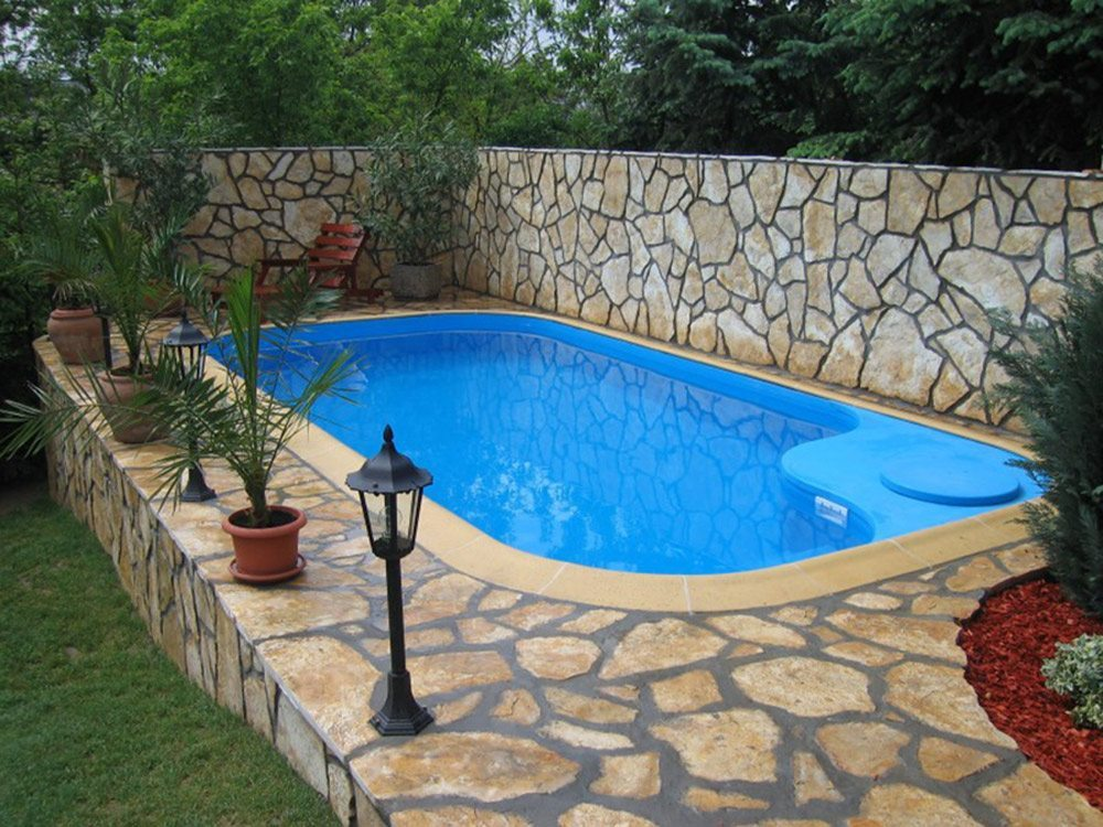 small backyard pools 2017