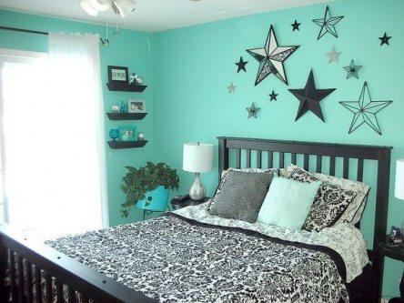 simple turquoise bedroom