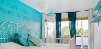 turquoise-bedroom-1-500x333