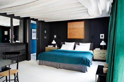 This is another example of how you can design a beautiful bedroom using Turquoise and black colors.