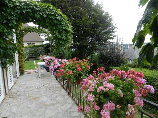 modern front garden design