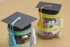 graduation decoration gifts