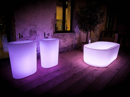 unique lighting bathtub
