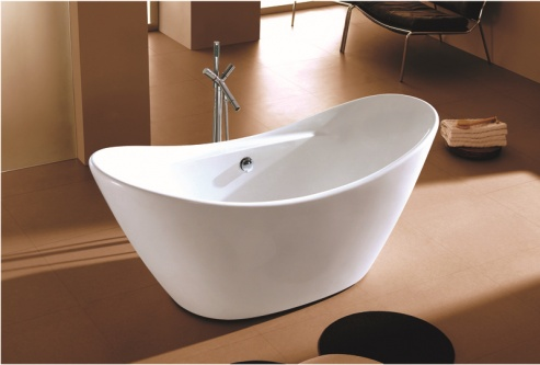 contemporary small bathtubs