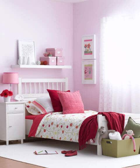 Room decorating ideas for teens in pink & violet specially for girls room