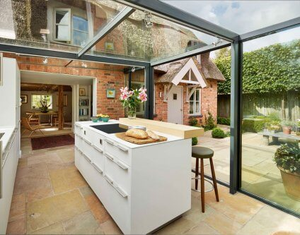 glass box outdoor kitchen 2017