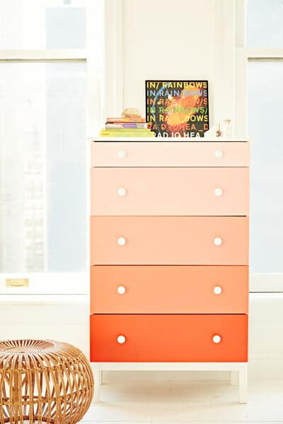 Teen room decorating ideas for ombre dresser