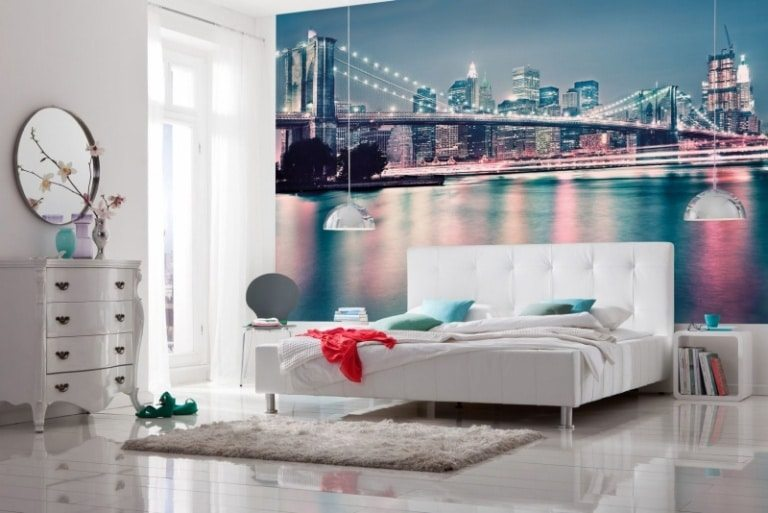 wall decoration for city themed bedroom