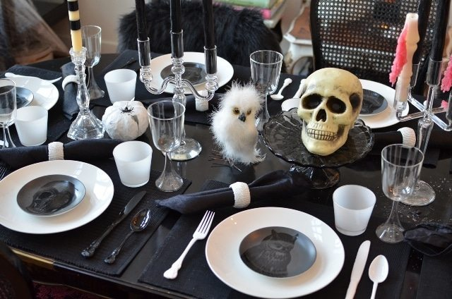 Halloween table settings
