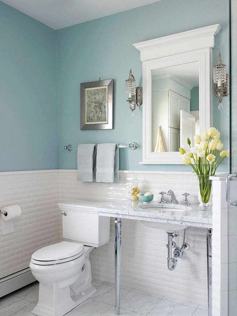 Sky blue colors for small bathrooms