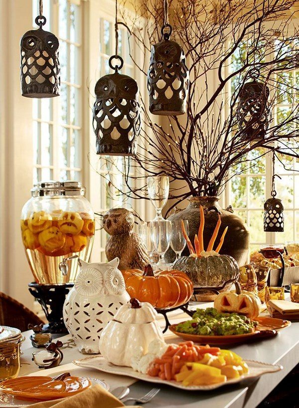 Setting the fall table