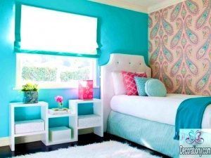 blue bedroom feature wall for teenagers