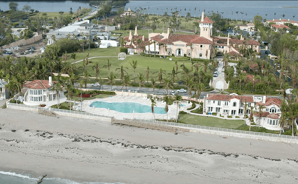 Trump's property in Florida - Donald trump's house