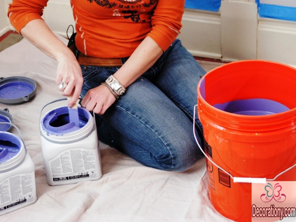 A bucket is required to how to paint a room efficiently