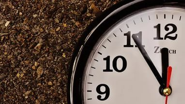How to make a clock - Black Vanity