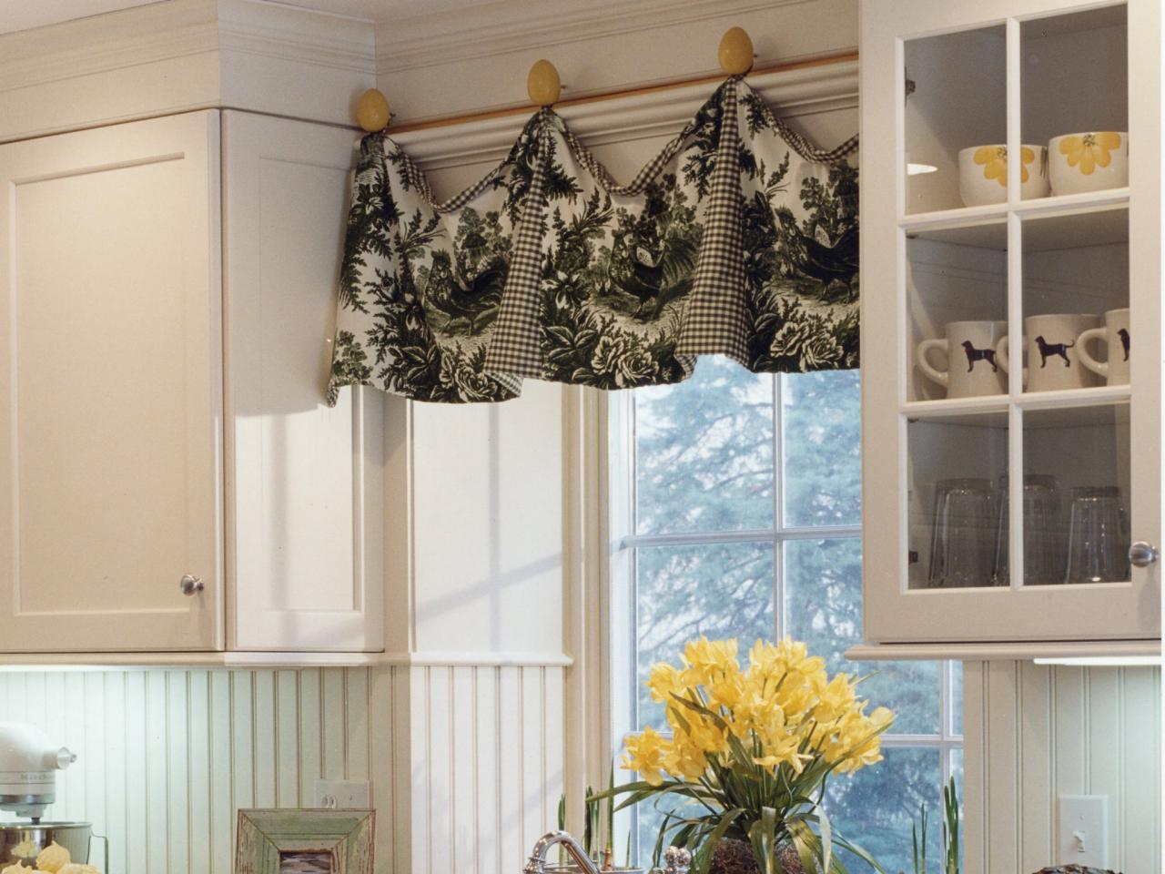 Kitchen windows DIY ideas