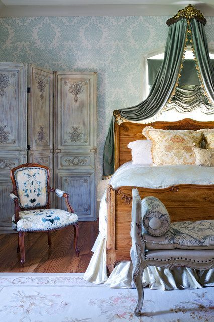 Victorian bedroom styles