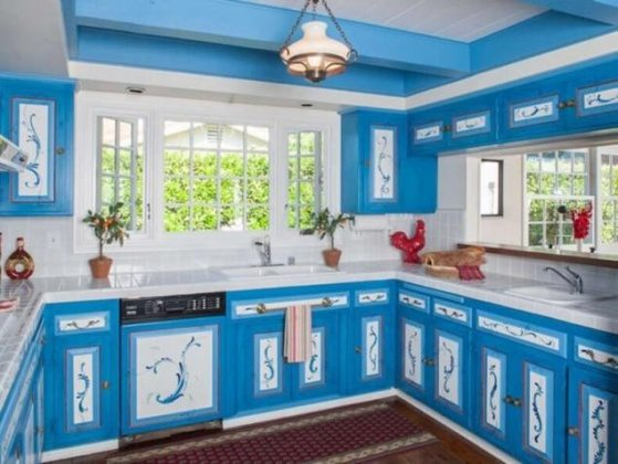 Sky blue kitchen color ideas