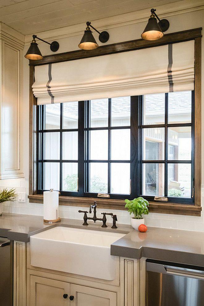 Folded kitchen windows curtain