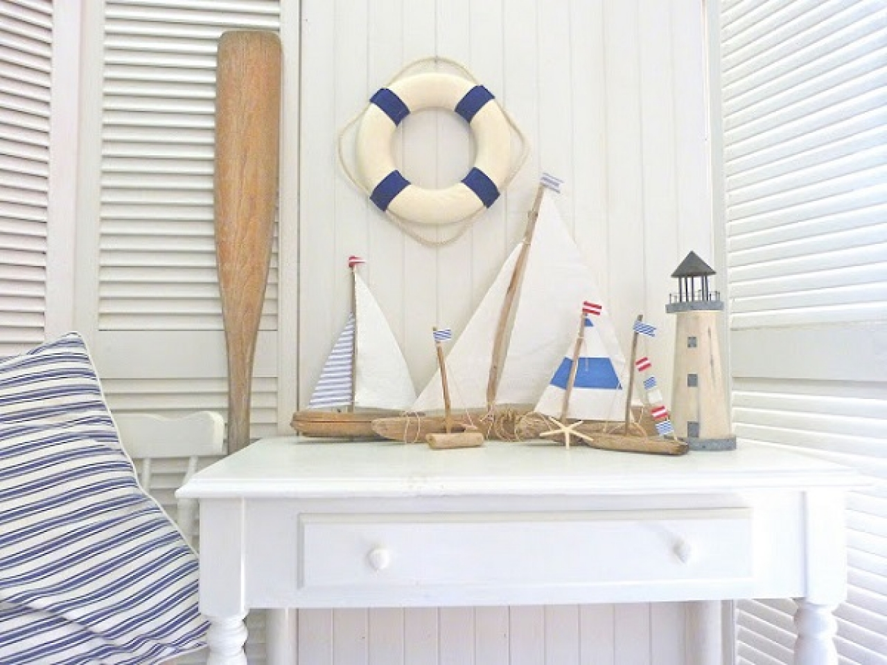 nautical decor ideas for bedroom bathroom walls