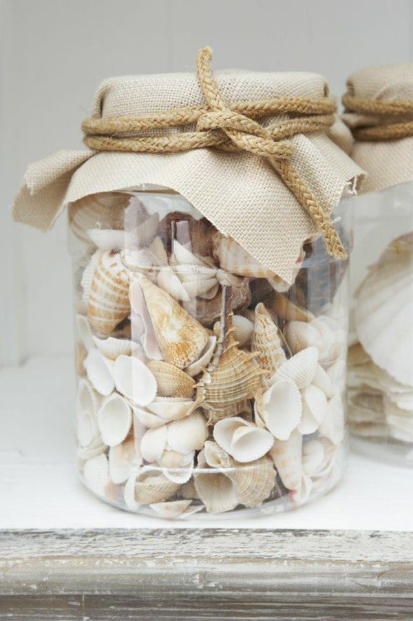 DIY nautical decor with mussels