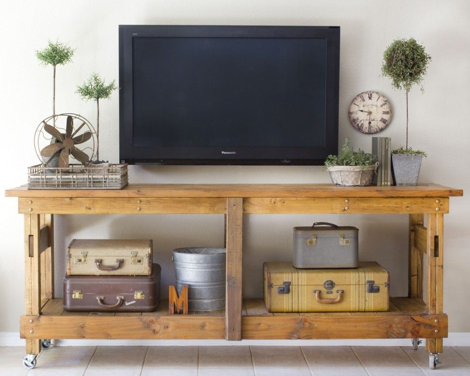 cool-TV-stands-with-vintage-suitcase-storage-and-wheels-ideas