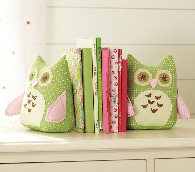 Cute stuffed DIY bookends