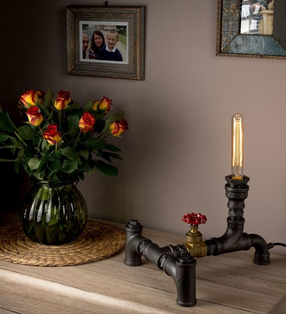 Interior steampunk decor ideas - steampunk lamp