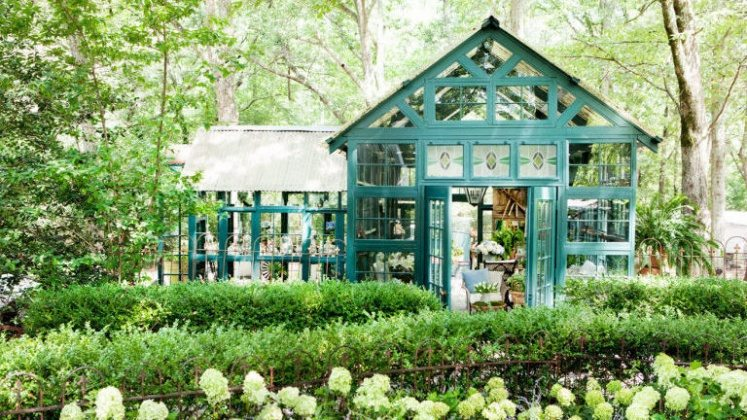front yard landscaping ideas potting shed