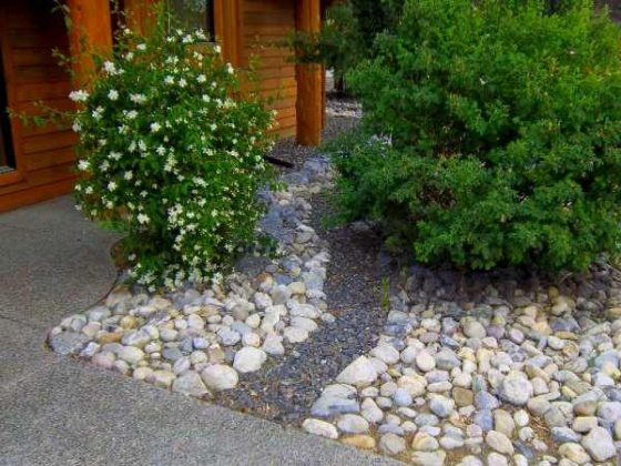rocks front yard landscape