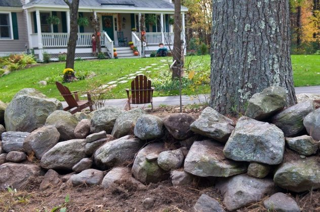 ideas-for-front-yard-landscaping-with-river-rock-l-9101e52227d17a34