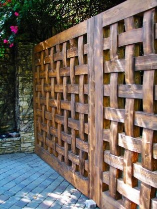 natural wood lattice fence panels