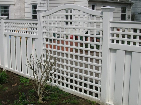 lattice-fence-idea-in-white-color