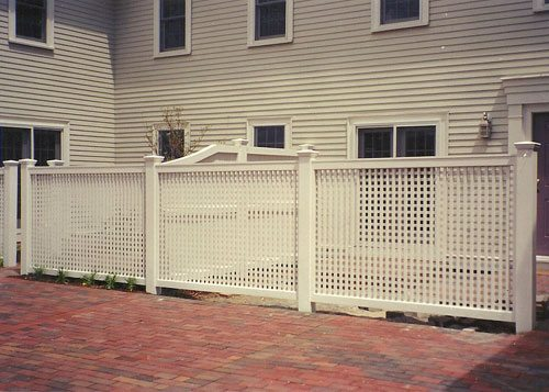 pvc-lattice-fence